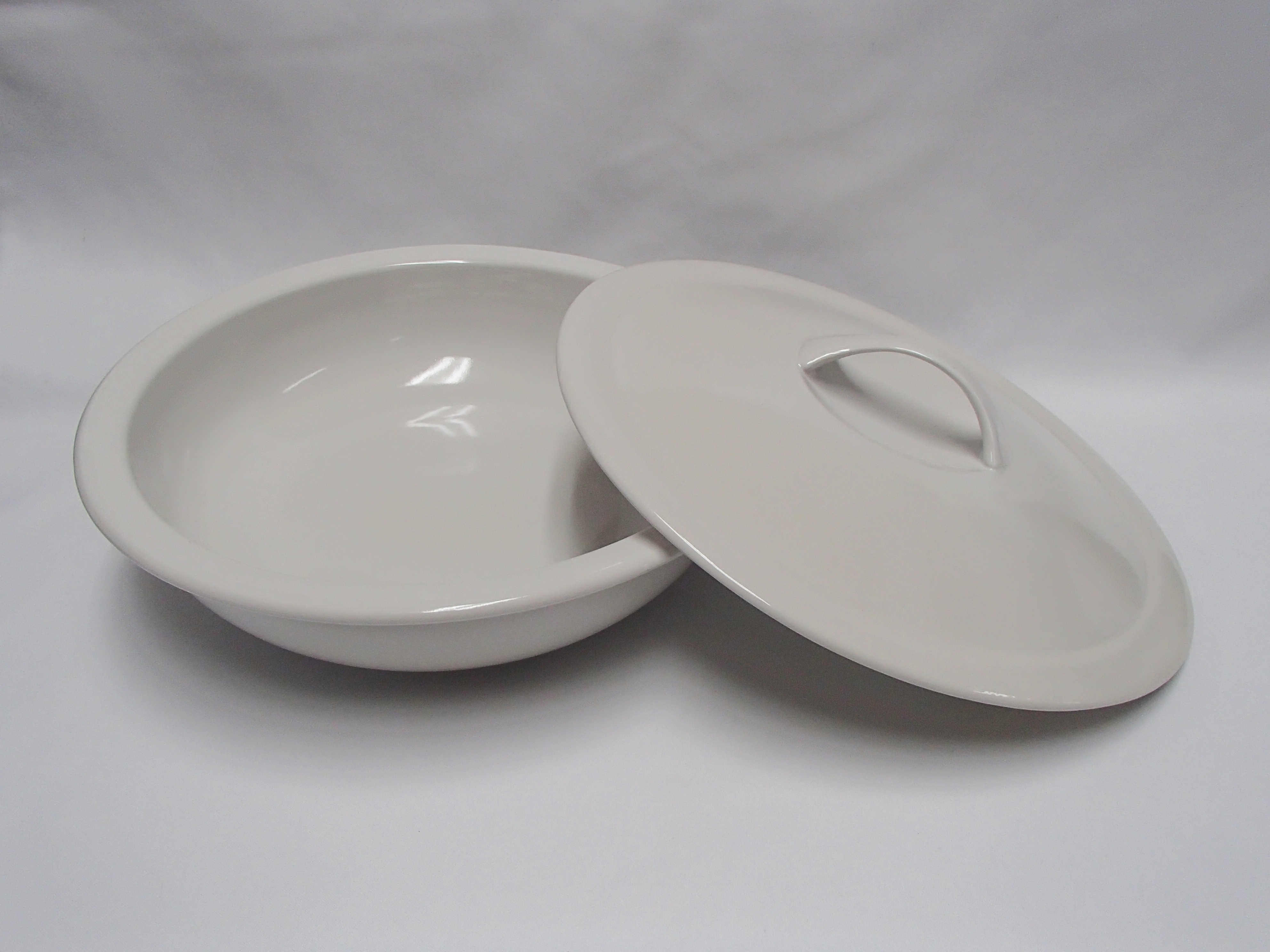 Crockery hire for weddings parties & events